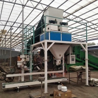 Quality Dried Chicken Manure Particles Compost Packaging Machine Belt Type for sale