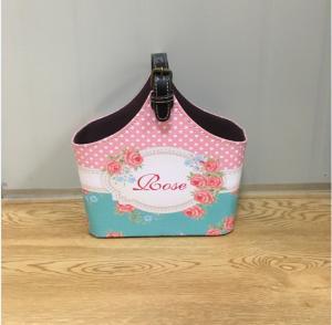 China Lady Cosmetic Fruit Gift Basket with Handle Luxury Picnic Basket Shopping Basket Decorative Holiday Wine Storage Basket on sale