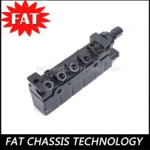Quality A2203200104 2113200304 Air Suspension Compressor Repair Kits Pneumatic Solenoid Valve Block for sale