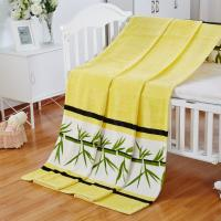 Quality 100% Polyester Flannel Print Blanket For Travel / Picnic / Hotel With Soft Handle Feeling for sale