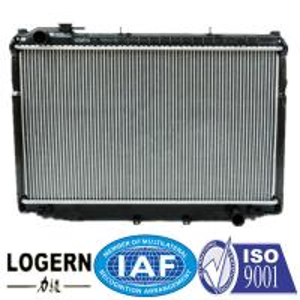 Quality 90-93 Toyota Landcruiser Radiator / Car Cooling System Aluminium Auto Radiator for sale