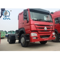 Quality 4 X 2 SINOTRUK Tractor Truck , Euro II/III Emission Standard ZZ4257S3257V Prime Mover Used With Semi Trailer for sale