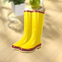Quality Fashion shiny smooth yellow woman rubber rain boot for sale